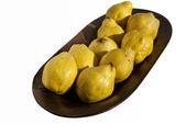 Organic quinces — Stock Photo