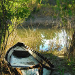 Abandoned wooden fishing boat — Stok fotoğraf