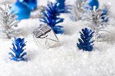 Zilveren en blauw kerstmis achtergrond — Stockfoto