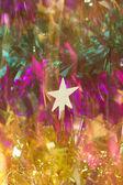 Nahaufnahme der weihnachtsdekoration auf weißem hintergrund — Stockfoto