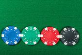 Jetons de poker sur la table. — Photo