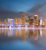 Miami Florida sunset over downtown buildings — Stock Photo