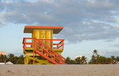 Miami Beach Florida, lifeguard house in early morning — Stock Photo