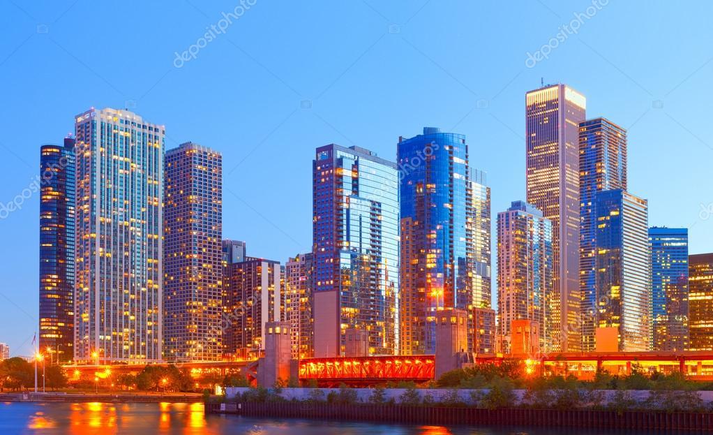 La ciudad de chicago eeuu horizonte colorido panorama for Centro turistico puesta del sol