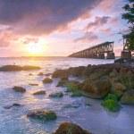 Colorful landscape of a beautiful tropical sunset in Bahia Honda park, Key West Florida — Stock Photo #38920135