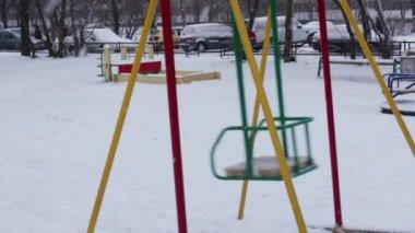 Baby swing in winter — Stock Video
