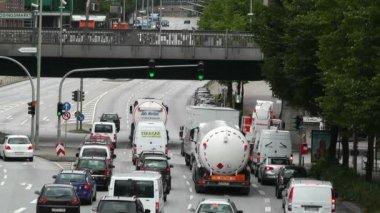 Trafic et la rue de hambourg — Vidéo