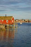 Fiske hus på lofoten — Stockfoto