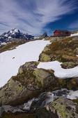Norveç dağ kabin — Stok fotoğraf