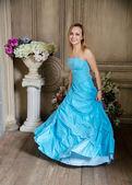 Young beautiful woman in blue wedding dress — Zdjęcie stockowe