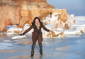 Girl on the ice, outdoor — Stock Photo