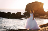 Romantic sunset bridal portrait — Stock Photo