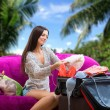Girl going on vacation — Stock Photo #43802891