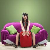 Zabawny portret dziewczyny będzie na wakacje z nurkowaniem — Zdjęcie stockowe