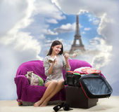 Girl going to Paris — Stock Photo