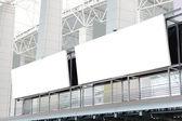 Twee enorme lege billboard — Stockfoto
