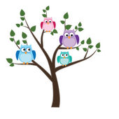 Owls sitting in a tree — Stock Vector