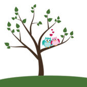 Two owls in love sitting on a branch — Stock Vector