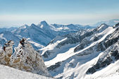 Scenic wallpaper from high mountain in Austrian Alps during peak ski season — Stockfoto