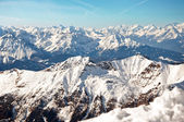 Sunny day in the European Alps on a winter wallpaper — Stock Photo