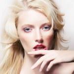 Beauty style - shiny model blonde girl face closeup — Stock Photo #12747741