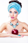 Attractive Woman with Apple - Healthy Wholesome Eating Concept — Stock Photo