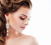 Pure Beauty. Aristocratic Profile of smiling Lady with Glossy Diamond Earrings. Femininity & Sophistication — Stok fotoğraf