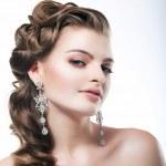 Delight. Elegant Posh Woman Bride with Diamond Earrings. Platinum Jewelry — Stock Photo