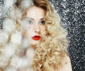 Brilliance. Glamor. Face of Beauty Woman in Blurs — Stock Photo