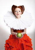 Retro Style. Portrait of Styled Redhead Woman Duchess in Vintage Frill — Stock Photo
