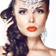 Glamour. Beautiful Woman with Jewelry - Shiny Diadem — Stock Photo