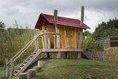 Dětský dřevěný domeček — Stock fotografie