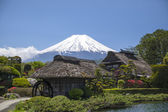Old Japanese Hut with Mt. Fuji — Stock Photo
