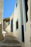 Narrow street on the greek island of Santorini — Stock Photo