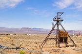 Město duchů důlní šachty vedoucí — Stock fotografie