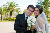 Bridegroom and bride — Stock Photo
