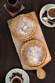 Tarts cakes with coffee — Stock Photo