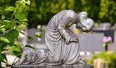 Socha modlí madonna — Stock fotografie