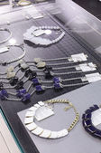 Jewellery in jewellery shop — Foto de Stock