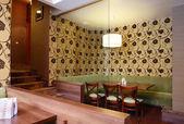 Piękne wnętrze nowoczesnej restauracji — Zdjęcie stockowe