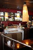 Vacker inredning i modern restaurang — Stockfoto