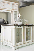 Moderna cocina con muebles de estilo — Foto de Stock