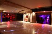 Pięknej nocy Europejskiego klubu wnętrza — Zdjęcie stockowe
