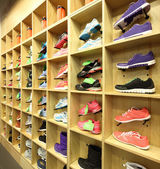Interior of shoe store in modern european mall — Photo
