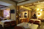 Europejska restauracja w jasnych kolorach — Zdjęcie stockowe