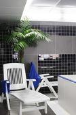 Modernes interieur des schwimmbades — Stockfoto