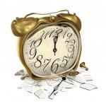 A broken clock — Stock Photo #15681577