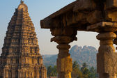 Hills Hampi Temple Stone Carving Column — Stock Photo