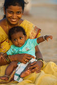 Middle Class Indian Woman Baby Tourists Goa — Stock Photo