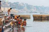 Indian Men Bathing Holy Ganges River Varanasi — Stock Photo